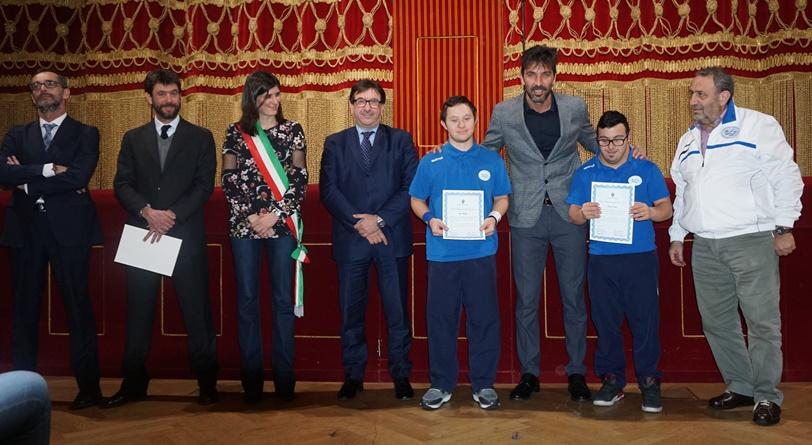 La sindaca di Torino Chiara Appendino premia Magagna, Palaia e Crosara