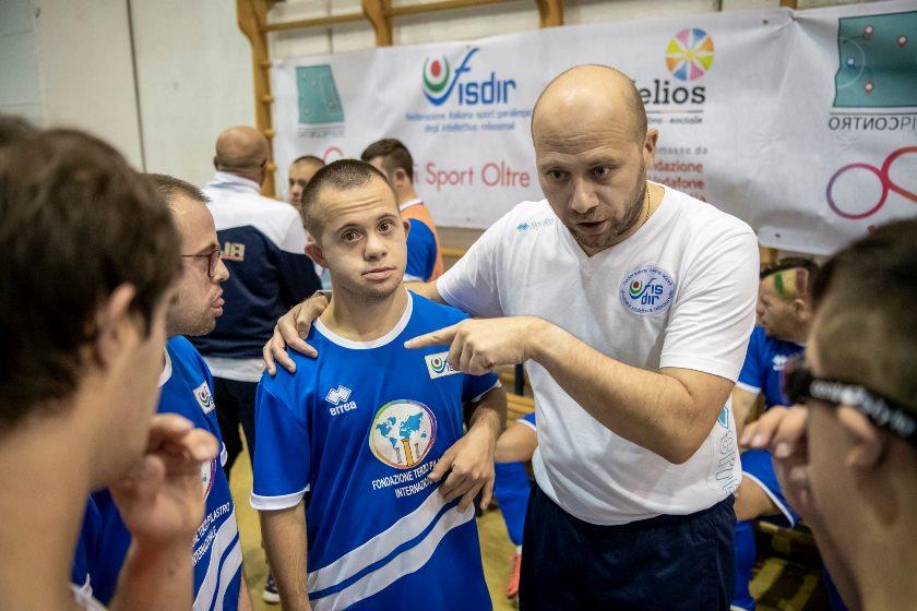 Formazione: corso aiuto allenatore calcio FISDIR